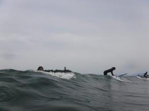 今日は久しぶりに波がありセットではモモしたで長いライディングが出来ました。