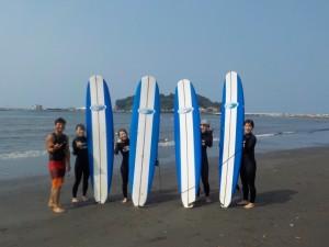 天気がよく、波も程よくあり楽しいスクールになりました!