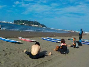 さあ〜今日もサーフィンだ!!いい天気で気持ちですね。