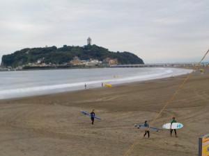これから、台風の影響が心配ですね〜 波もサイズアップしてくるので、気をつけてサーフィンしましょうね!